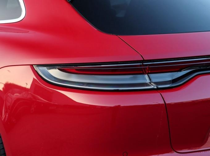 2021 Porsche V6 4S Sport Turismo PDK 4WD 5-door (Red) - Image: 18
