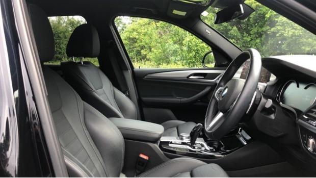2019 BMW XDrive20d M Sport (Black) - Image: 11