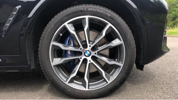 2019 BMW XDrive20d M Sport (Black) - Image: 14