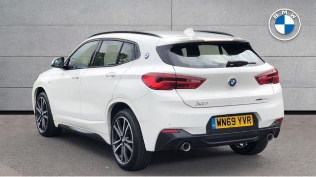 2019 BMW XDrive20d M Sport (White) - Image: 2