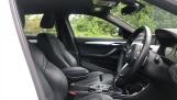 2019 BMW XDrive20d M Sport (White) - Image: 11