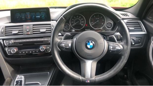 2017 BMW 320d xDrive M Sport Saloon (Red) - Image: 5