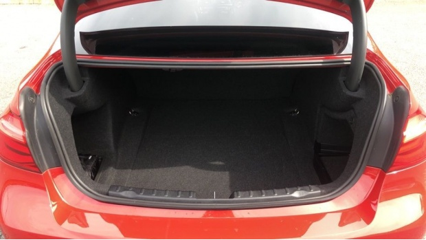 2017 BMW 320d xDrive M Sport Saloon (Red) - Image: 13