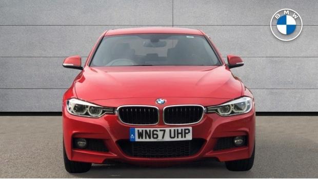 2017 BMW 320d xDrive M Sport Saloon (Red) - Image: 16