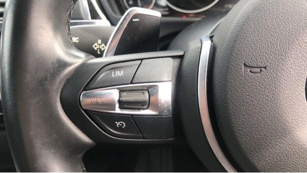 2017 BMW 320d xDrive M Sport Saloon (Red) - Image: 17