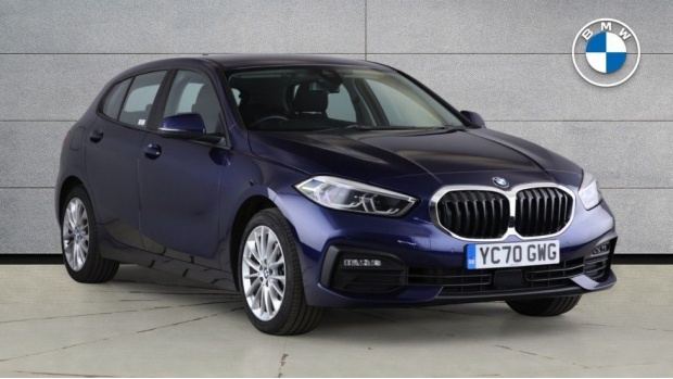 2020 BMW 118d SE (Blue) - Image: 1