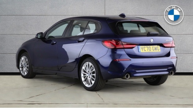 2020 BMW 118d SE (Blue) - Image: 2