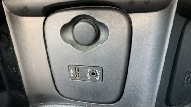 2016 MINI Cooper S Convertible (Green) - Image: 23