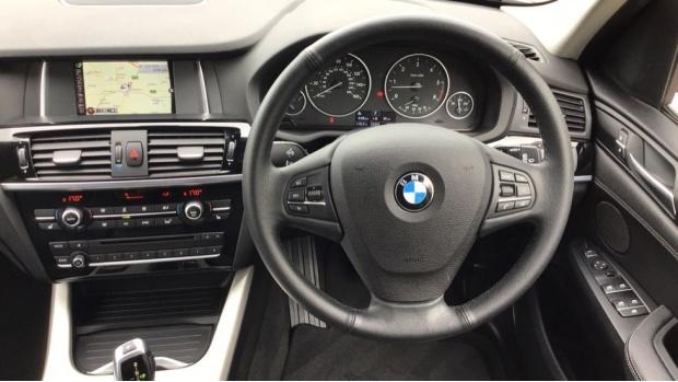 2016 BMW XDrive30d SE (Blue) - Image: 5
