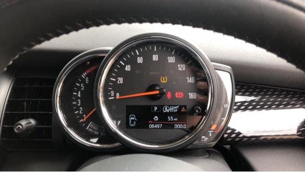 2020 MINI 5-door Cooper S Classic (Black) - Image: 9