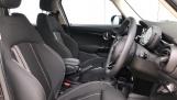 2020 MINI 5-door Cooper S Classic (Black) - Image: 11
