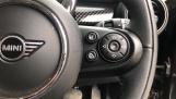 2020 MINI 5-door Cooper S Classic (Black) - Image: 18