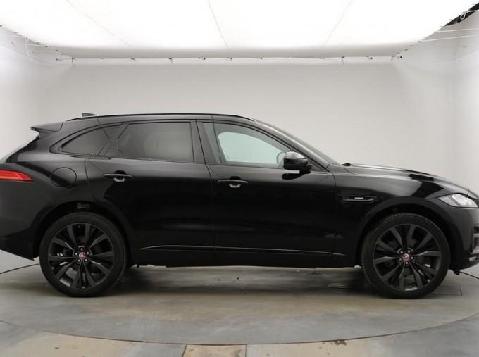 2019 Jaguar 2.0i R-Sport Auto 5-door (Black) - Image: 5