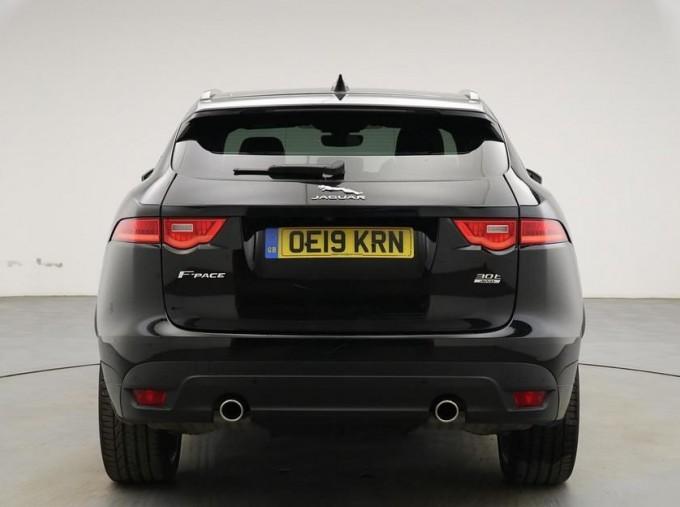 2019 Jaguar 2.0i R-Sport Auto 5-door (Black) - Image: 6