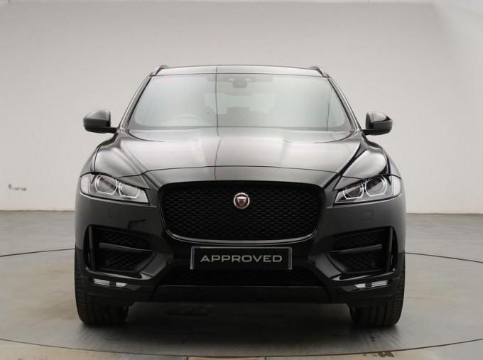 2019 Jaguar 2.0i R-Sport Auto 5-door (Black) - Image: 7