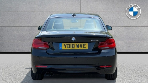 2018 BMW 220i Sport Coupe (Black) - Image: 15