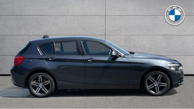 2018 BMW 116d Sport 5-door (Grey) - Image: 3
