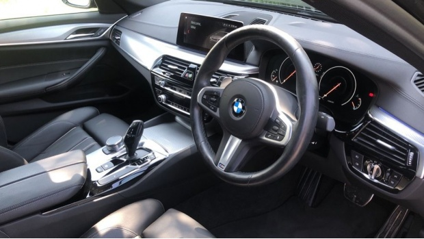 2019 BMW 530i M Sport Saloon (Grey) - Image: 6