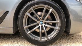 2018 BMW 520d M Sport Saloon (Blue) - Image: 14