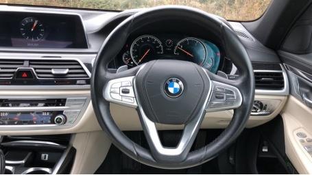 2016 BMW 730d xDrive M Sport Saloon (White) - Image: 5