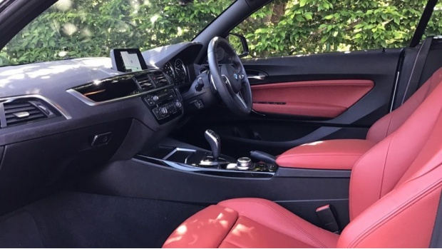 2019 BMW M Sport Convertible (White) - Image: 7