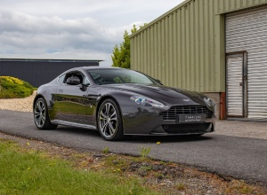 2013 Aston Martin V12 Vantage Coupe 2-door