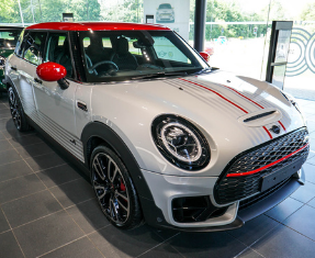 APPROVED USED MINI Clubman Image 1