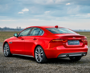 Approved Used Jaguar XE Image 1