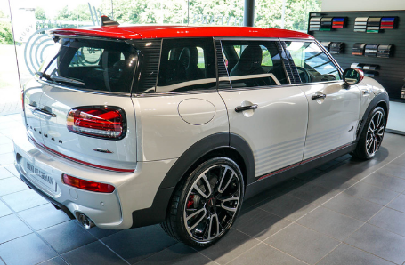 APPROVED USED MINI Clubman Image 2