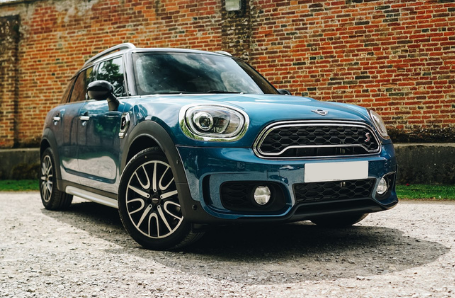 APPROVED USED MINI COUNTRYMAN Image 2